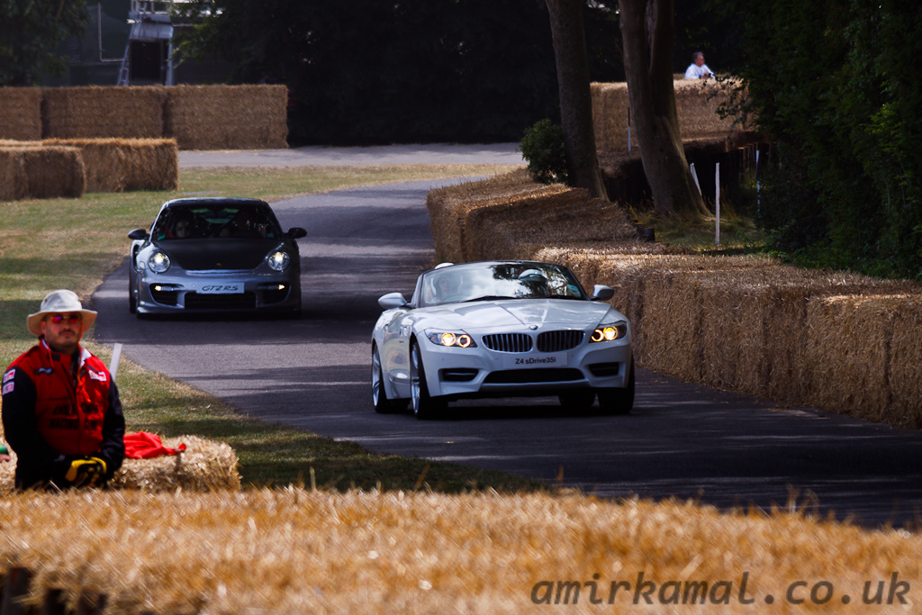 BMW Z4 S Drive 35iS & Porsche 911 GT2 RS