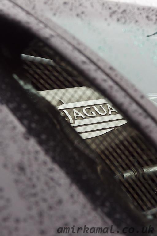 Jaguar XJ220 engine detail